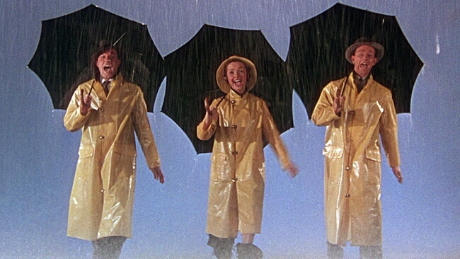 ¡Al mal tiempo, buen paraguas!