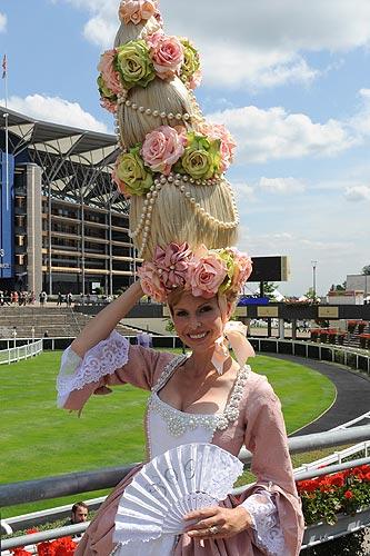 Ascot 2011, desfile de pamelas y tocados