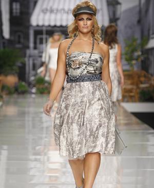 Milán rechaza a Elena Miró porque sus modelos son para tallas grandes