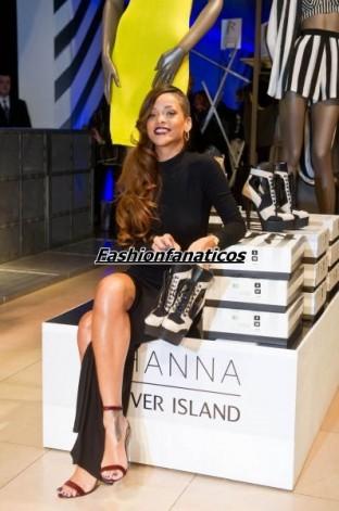 Rihanna triunfa con su nueva colección de moda