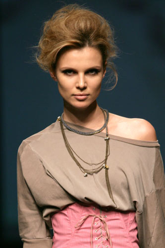 Tendencias en peinados y maquillajes, pasarela Cibeles Otoño-Invierno 2010-2011 (4ª parte)