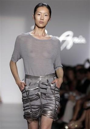 Todas las colecciones de Max Azria en la Semana de la Moda de Nueva York