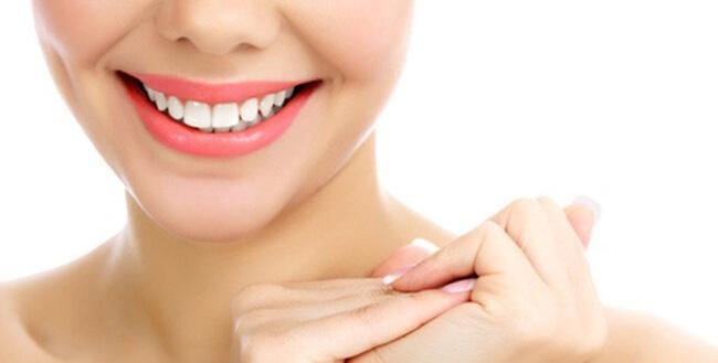 Blanqueamiento Dental y sonríe!