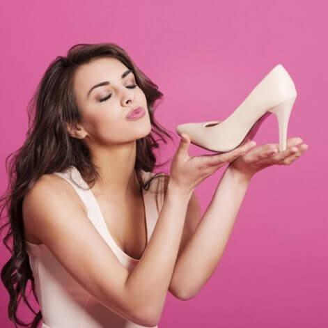 Cómo lucir zapatos nude si tu piel es clara