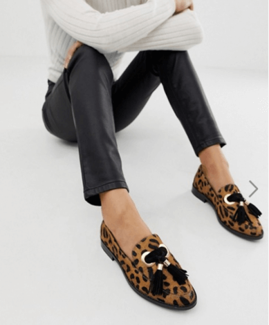 El estampado leopardo triunfa en el calzado para hombre