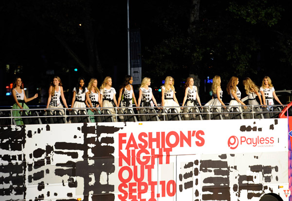 Fashions-Night-Out-The-Show-at-Lincoln-Center-65