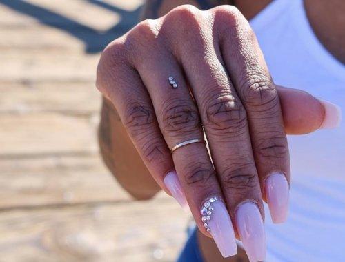 """Pide a tu pareja matrimonio con un """"piercing de compromiso"""""""