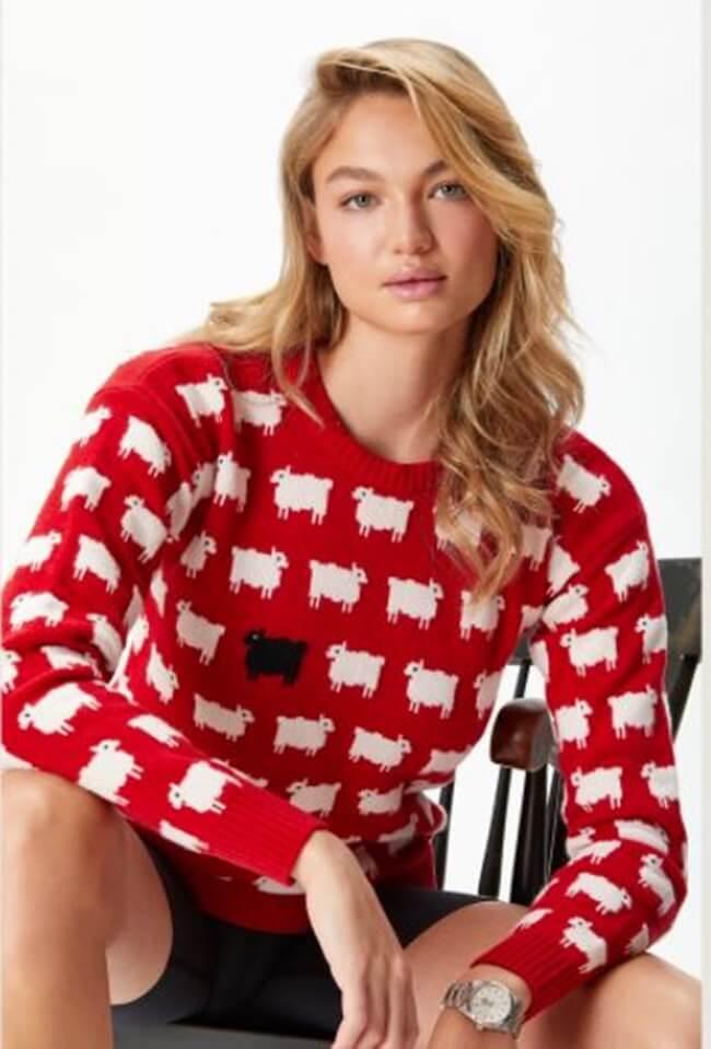Zara emula el jersey de ovejitas que lució Lady Di
