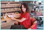 Deja que la perfumista Ana Corsini cree tu fragancia personal y única