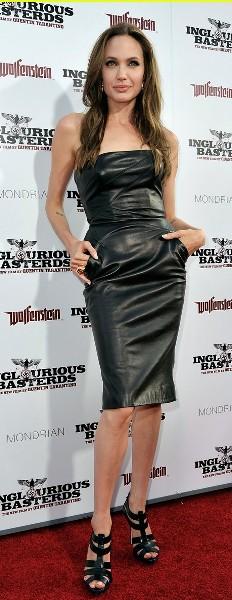 Angelina Jolie, espectacular de cuero