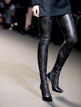 Leggings-botas, arrasan entre las famosas
