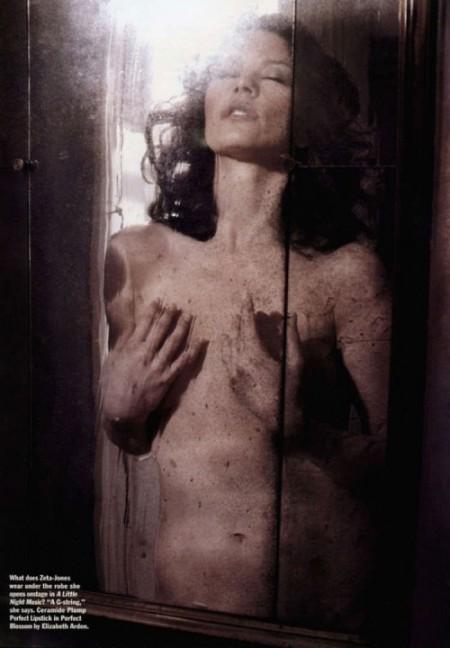 Catherine Zeta Jones posa desnuda a los 40 para Allure