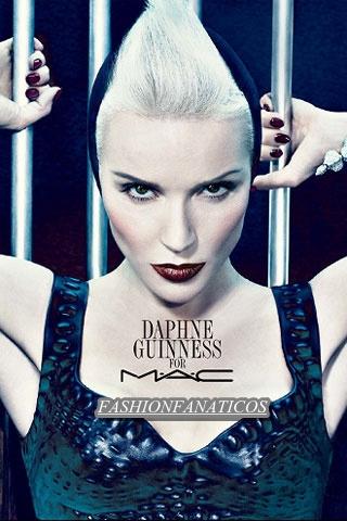 Daphne Guinness crea una colección de maquillaje para M.A.C.