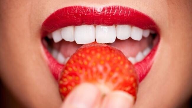 Recetas caseras para tener unos dientes blancos