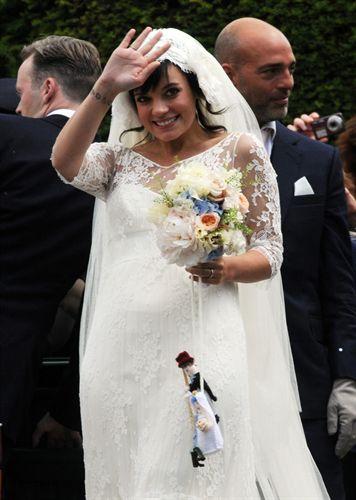 Lilly allen anuncia su embarazo el mismo día de su boda
