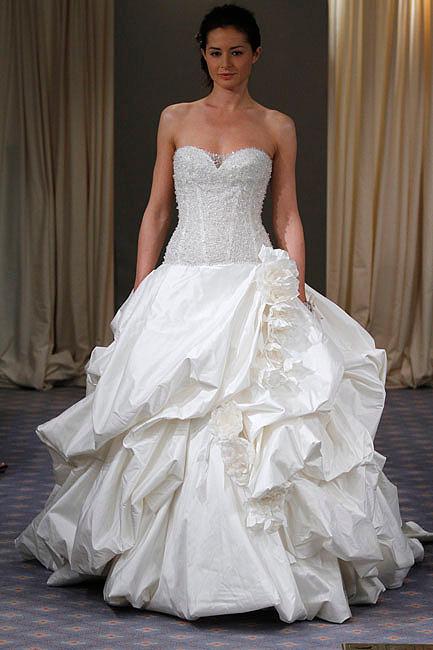 Tendencias 2011 en vestidos de novia: Primavera-Verano