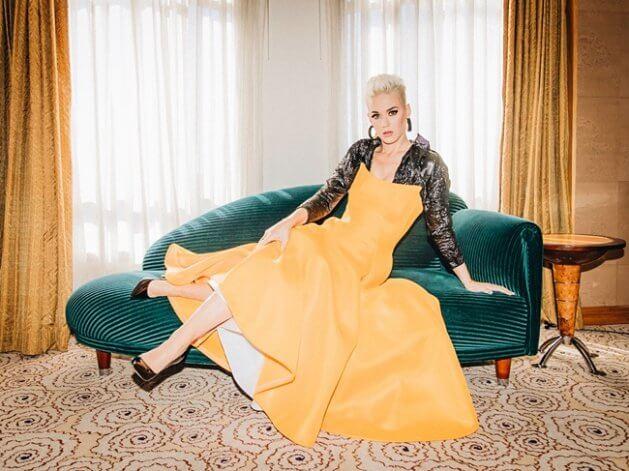 Katy Perry cambia de look