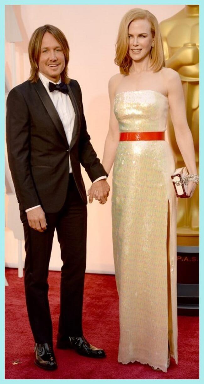 Nicole Kidman con vestido dorado