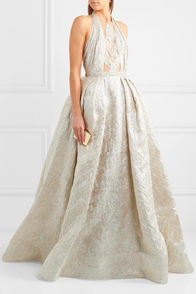 NET-À-PORTER presenta una exclusiva colección de vestidos de novia