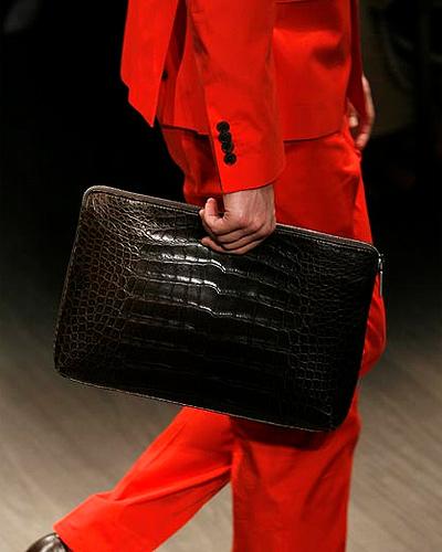 ¿Qué bolsos se llevan en esta Primavera-Verano 2010 para hombre?