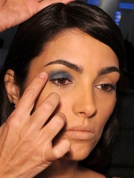 Chanel apuesta por el gris en sus sombras de ojos