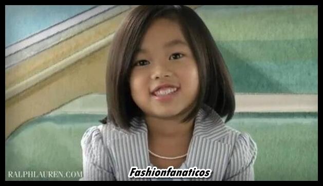 Una niña china abandonada en una carretera nueva imagen de Ralph Lauren